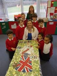 Scott Lower School Queen Jubilee Celebration Mosaic Tile Project