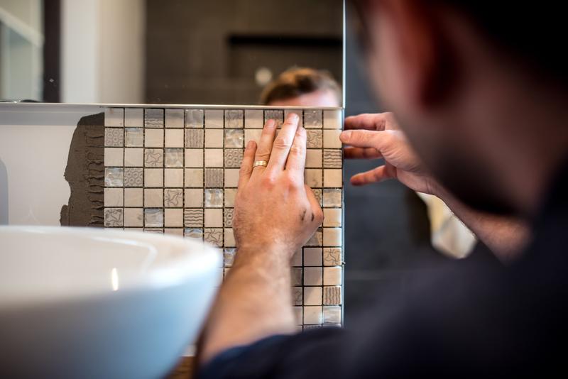 Installing mosaic tiles