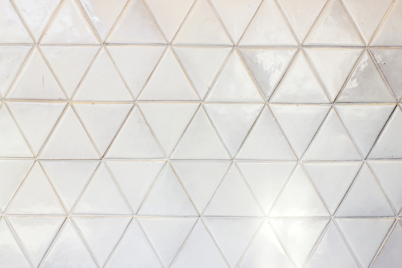 ceramic white triangle kitchen wall tiles