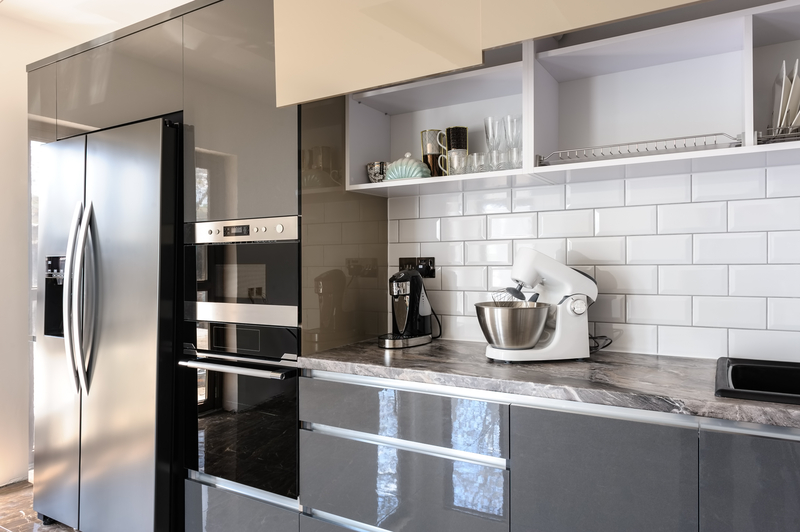 grey kitchen and tiles